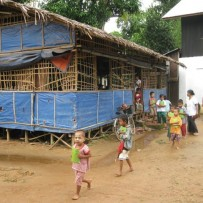 Construcción de la nueva escuela Man Pyay.