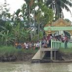 (Español) Donaciones en escuelas del Río Ayeyawaddy 08-01-2017, Birmania