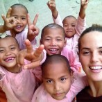 Spanish volunteers at the Escolaridad Solidar in Burma